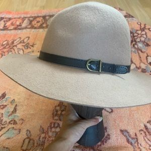Urban outfitters floppy wool hat